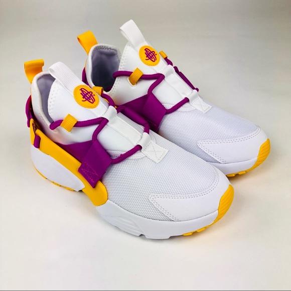 innovative design 60633 bdfd8 Nike Air Huarache City Low White Pink Shoes 7.5